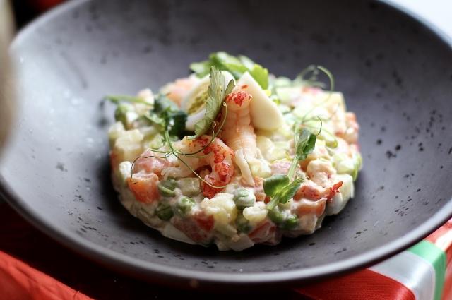 Insalata Russia или салат в стиле «Оливье»