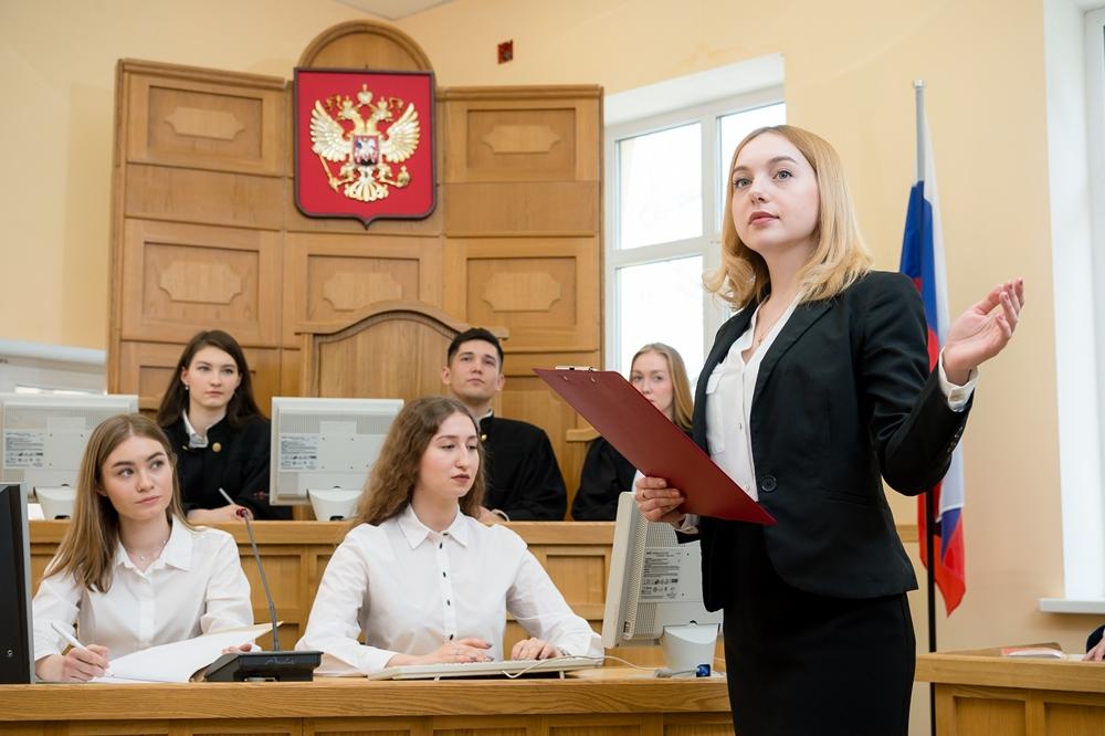 Юристы занимаются на специальной площадке