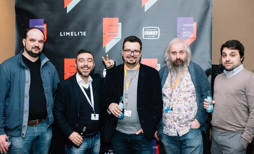 Глава Госкино Украины Филипп Ильенко(в центре) с украинскими и итальянскими продюсерами