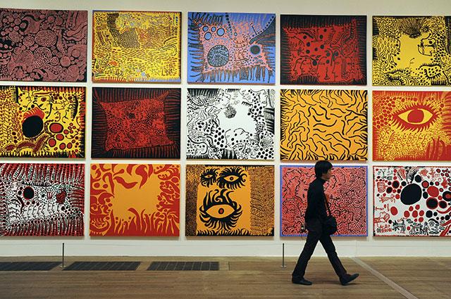 Выставка работ Кусамы в галерее Тейт.