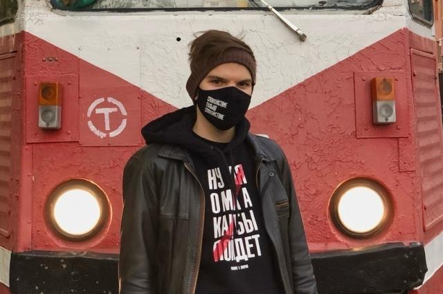Любимая тема Николая - городской транспорт.