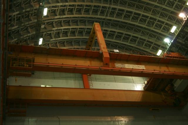 Реаторный зал изнутри напоминает огромную башню.
