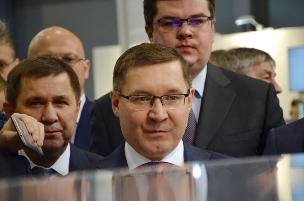 Владимир Якушев на форуме 100+ в Екатеринбурге.