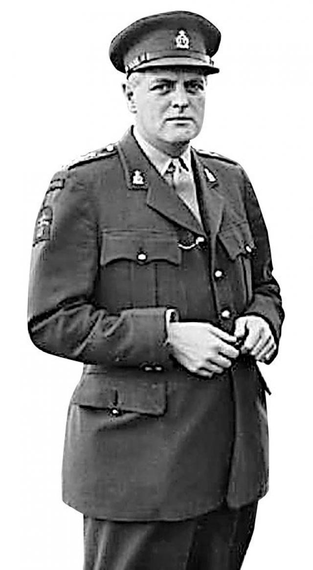 Майор Рэндольф Черчилль.