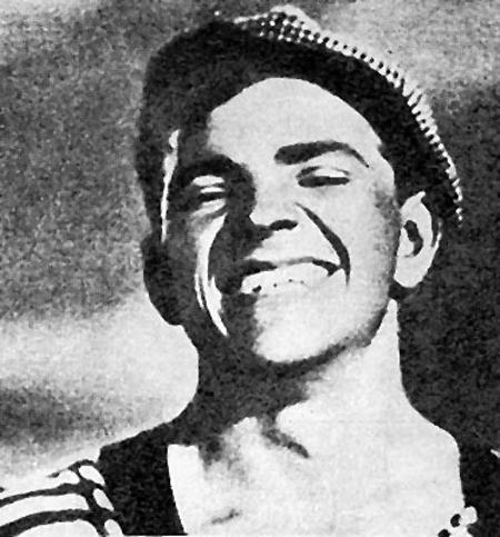 Петр Алейников в фильме «Трактористы» (1939)
