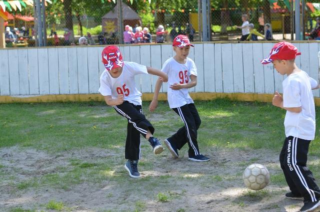 Команда дошкольников-футболистов - призеры многих соревнований.