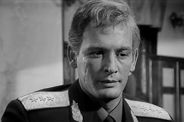 Василий Лановой в фильме «Офицеры», 1971.