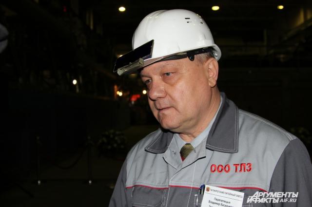По мнению Владимира Перепелицына в России не выпускают подобного оборудования для литья