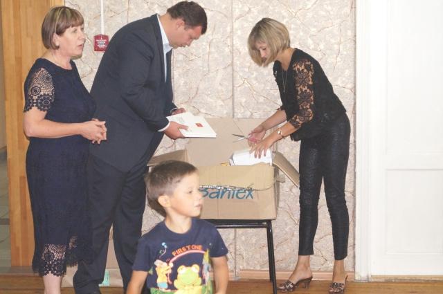 Иван Матвеев помогает детям, оставшимся без попечения родителей.