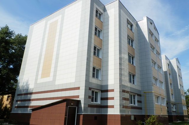 Вдоме №17поулице 6Гвардейской дивизии вгороде Липецке также получили квартиры граждане, ранее проживавшие ваварийном жилье.