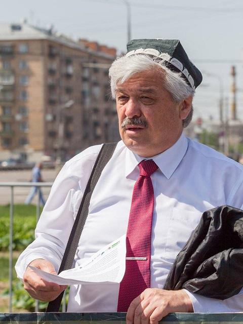 Правозащитник Усман Баратов из узбекского землячества.