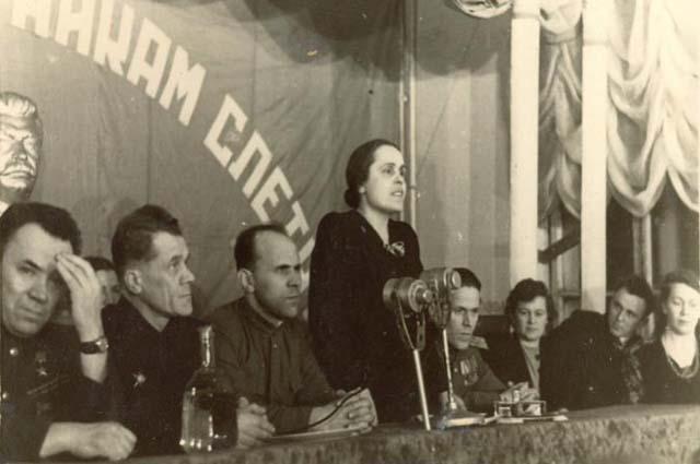 Первый слет выпускников, 1948 год.