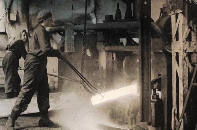 Орден Ленина на Краснознамённой группе – памятник трудовой доблести свердловчан в годы войны.