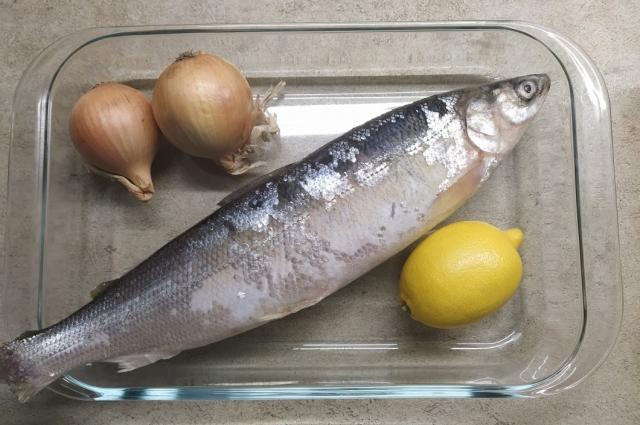 По этому рецепту можно готовить любую жирную рыбу.
