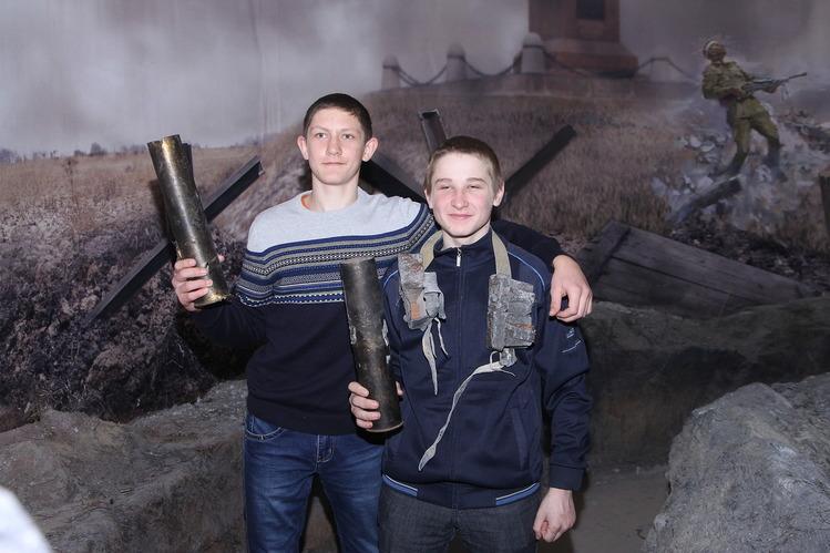 Школьники из Луговского.