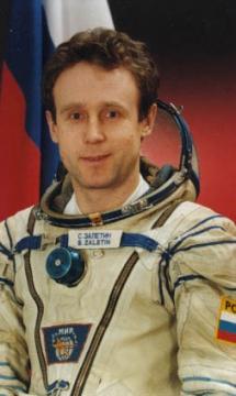Сергей Залетин во время полёта совершил один выход в открытый космос продолжительностью 5 часов 3 минуты