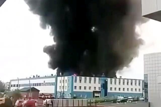 Запах едкого дыма уже чувствуется и в центре Иркутска.