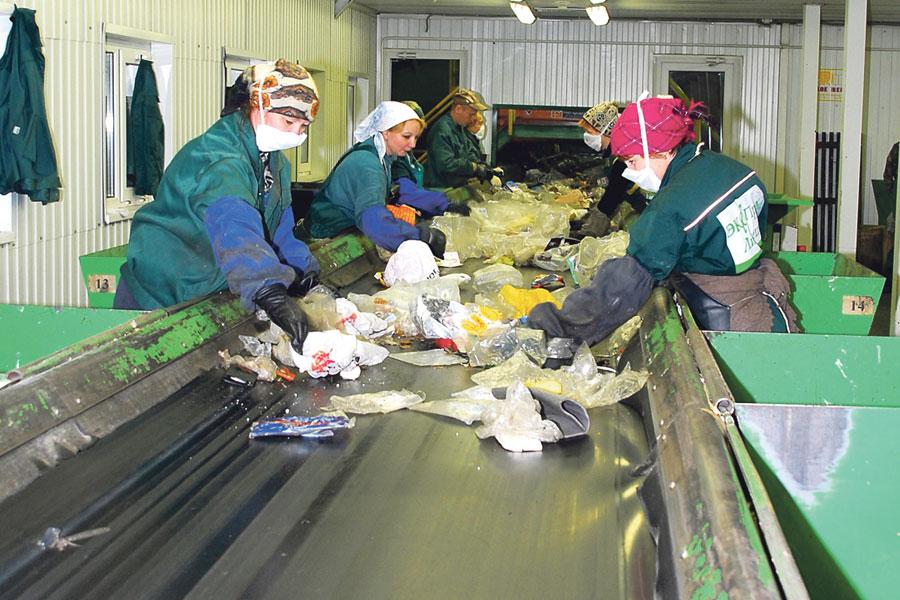 За всё время на заводе отсортировали и обработали 2 миллиона тонн отходов.