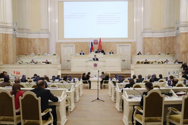 Депутаты ЗакСа одобрили кандидатуру Максима Соколова на пост вице-губернатора города.