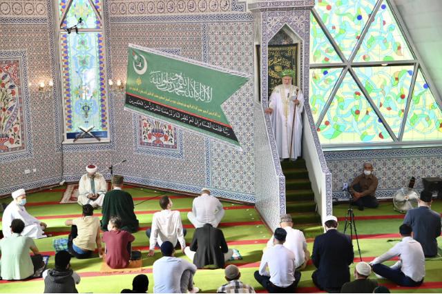 Проповедь Верховного муфтия транслировали по ТВ