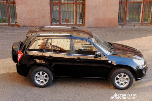 Во внешности Tiggo FL несложно углядеть прародителя - Toyota RAV 4 начала нулевых