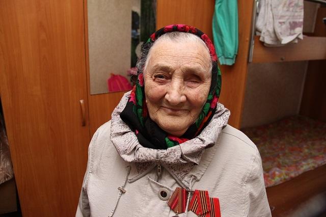 Жительница аварийного дома Лидия Гайдукова