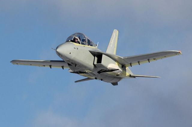 Потенциальными заказчиками СР-10 могут быть российские ВВС и ВМС, коммерческие отечественные и иностранные покупатели.