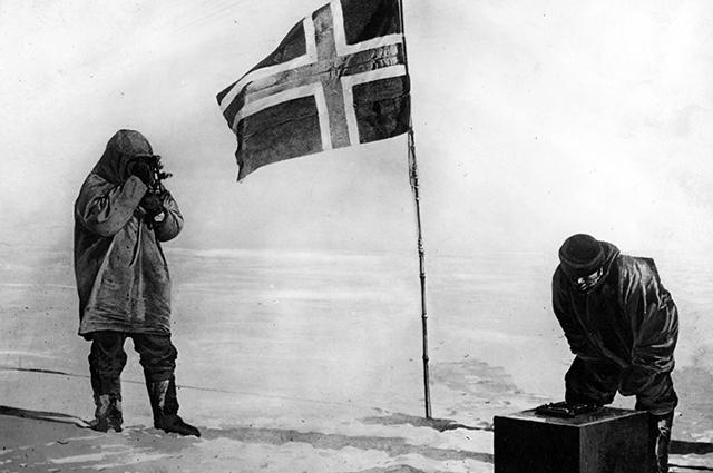 Норвежский флаг на Южной полюсе.