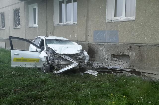 Водитель мог уснуть за рулем.