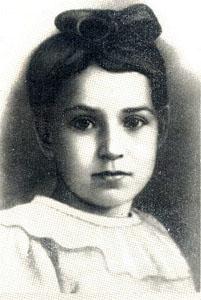 Таня Савичева потеряла почти всю семью и погибла сама.