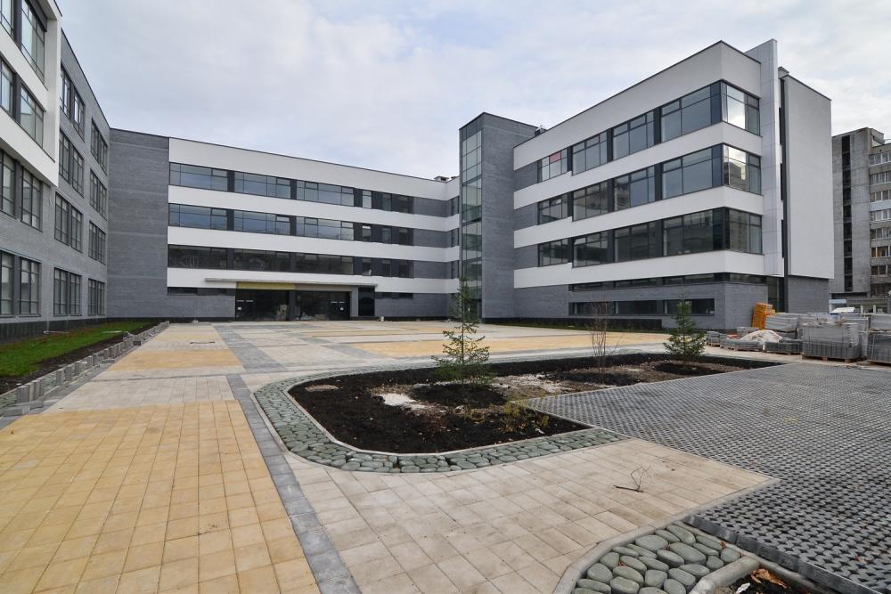 Проект по реконструкции школы №80 на улице Калинина реализуется с привлечением федерального финансирования в рамках национального проекта «Образование».