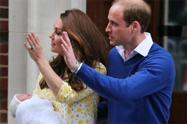 Кейт Миддлтон и принц Уильям с новорожденной Шарлотт Елизаветой Дианой