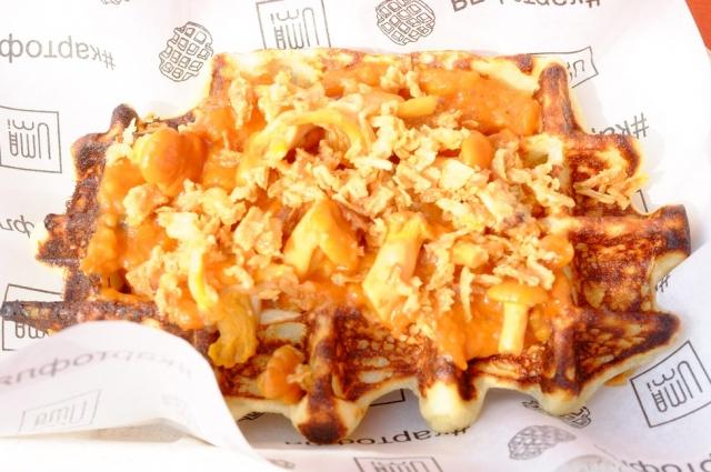 Картофля - это вафля из картофеля.