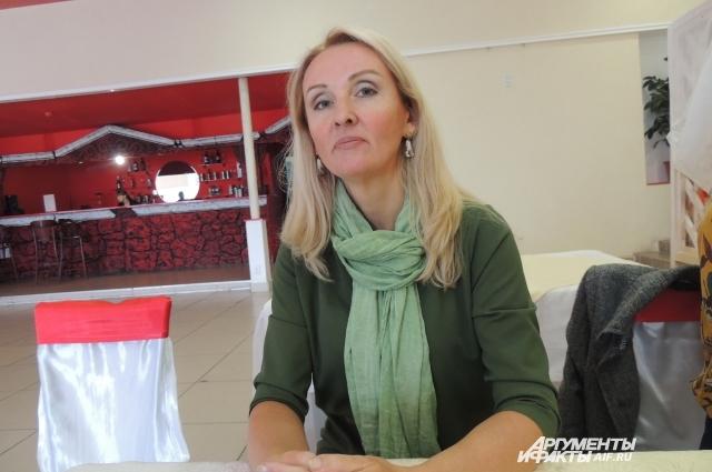 Организатор Лариса Лунёва уверена, каждая из участниц — настоящая королева.