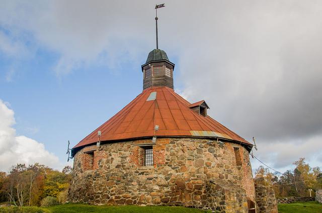 Круглая (Пугачёвская) башня в крепости Кексгольма.