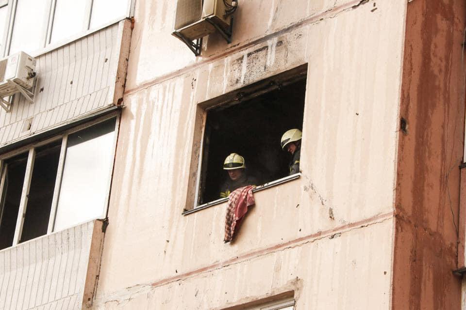 Было задействовано пять единиц основной и специальной пожарно-спасательной техники ГУ ГСЧС и 23 человека личного состава.