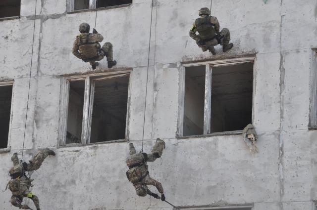 Антитеррористические учения.