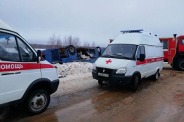 На месте происшествия, по словам министра здравоохранения Калужской области, работало 22 бригады скорой.