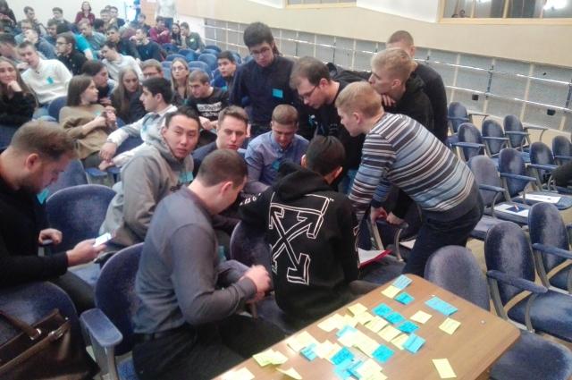 В организационно-деятельностной игре