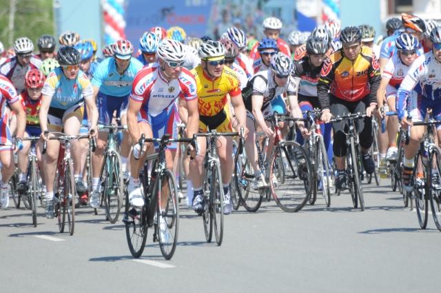 Омские велосипедисты любят соревнования.