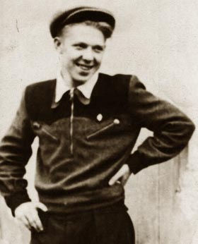 Олег Константинович Попов, 1944 год
