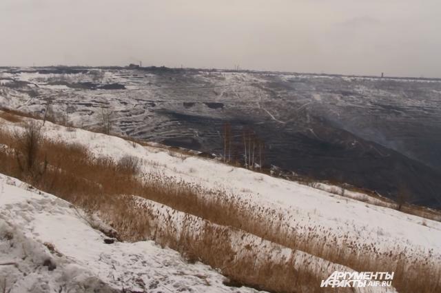 Коркинский разрез - самый большой карьер в Европе и второй по величине в мире.