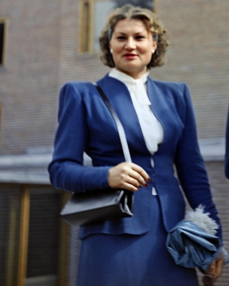 Нина Пономарева.