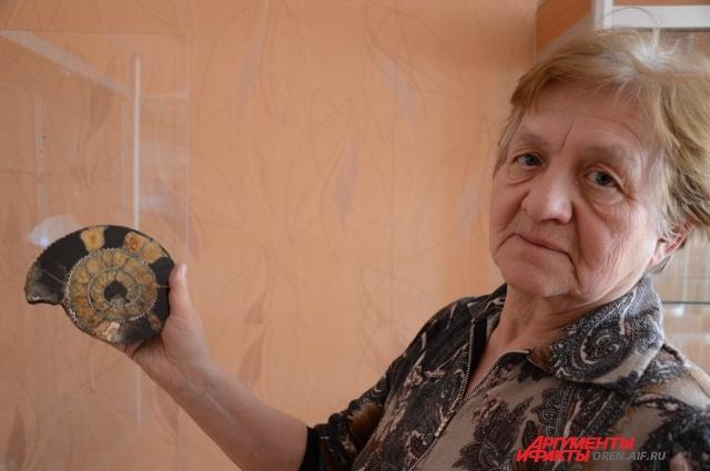 Галина Сопутько уже 30 лет занимается с юными геологами.