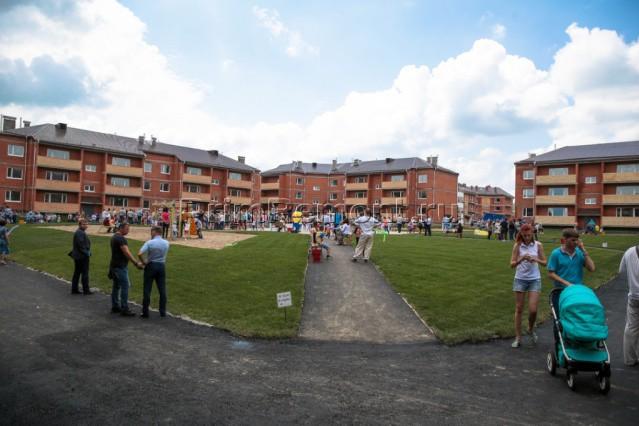 Пример комплексного строительства жилья для бюджетников - микрорайон Радужный в Уссурийске.