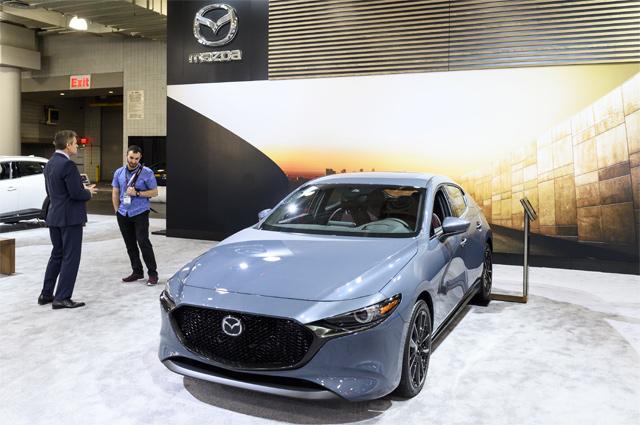 Mazda 3.