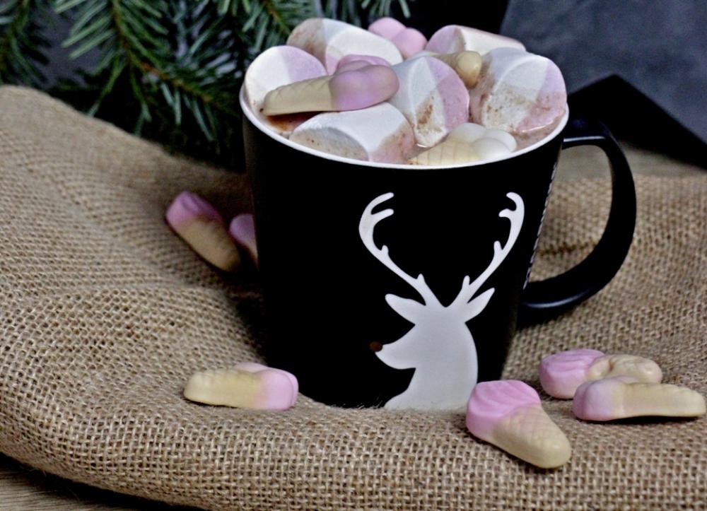 В какао можно добавить зефир и мёд.