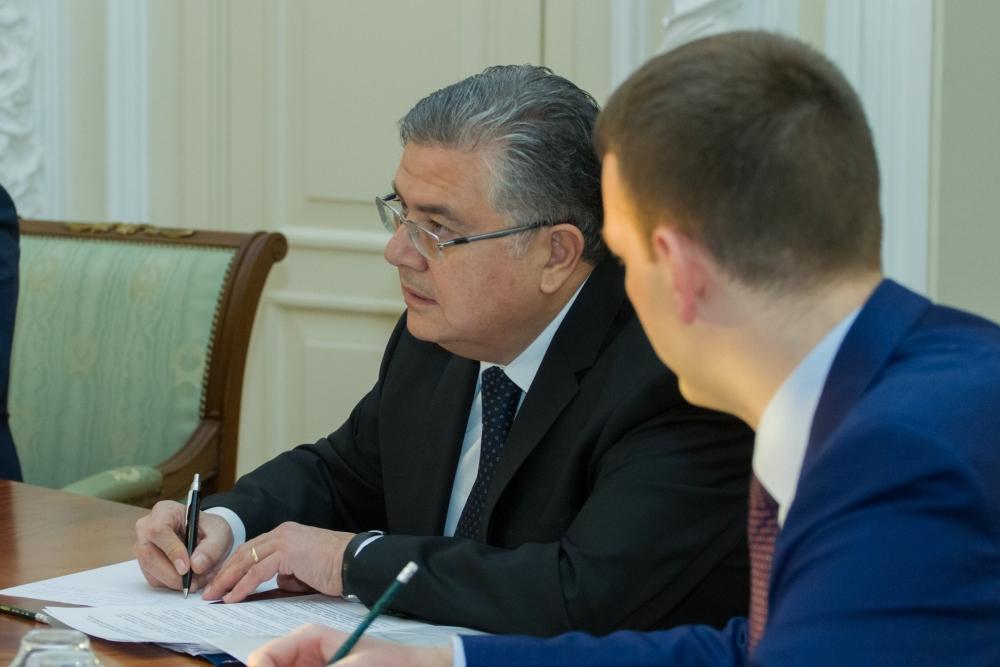 Чрезвычайный и полномочный посол Турции в России Хюсейин Дириоз.