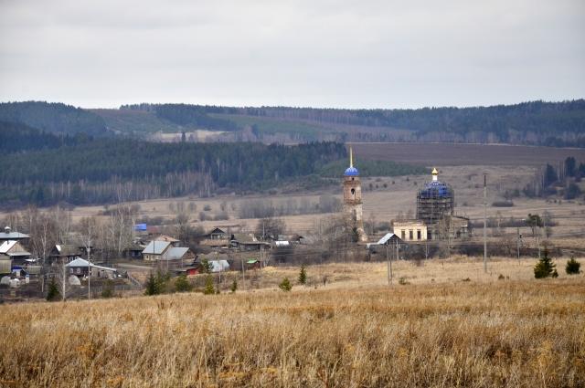 Село Острожка находится в Оханском районе в 85 км от Перми