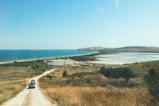 Азовское море и озеро Чокрак